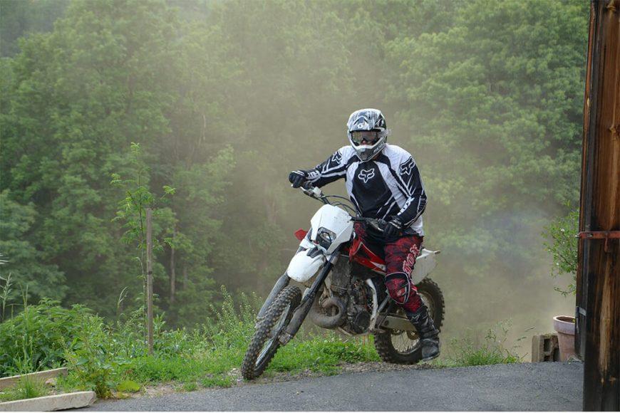 El uso de las rodilleras en los profesionales del motocross